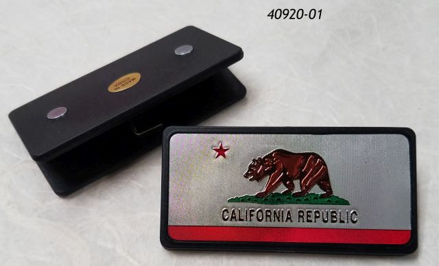 California souvenir clip magnet with bear republic flag design
