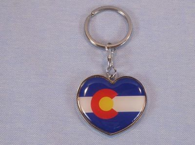 Souvenir Heart shaped metal keyring Colorado Flag design.