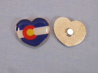 Souvenir heart shape magnet Colorado flag design.